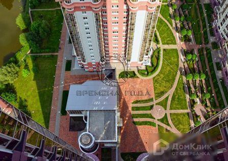 Продаётся 7-комнатная квартира, 287 м²