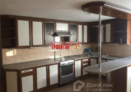 Продаётся 2-этажный дом, 193 м²