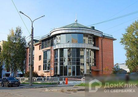Продаётся 3-этажный дом, 1010 м²