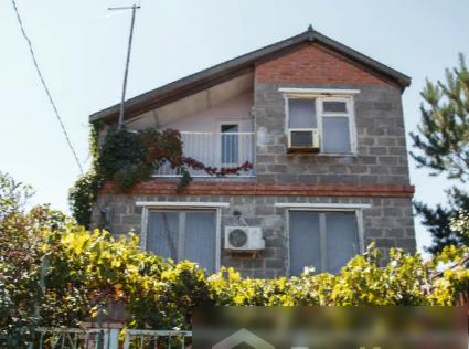 Продаётся 2-этажный дом, 90 м²