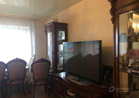 Продаётся 4-комнатная квартира, 121.5 м²
