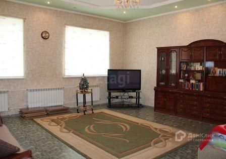 Продаётся 3-этажный дом, 387.5 м²