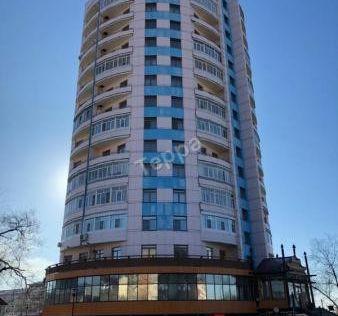 Продаётся 4-комнатная квартира, 117.7 м²