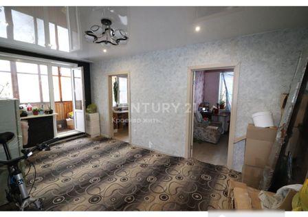 Продаётся 4-комнатная квартира, 61 м²