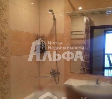 Продаётся 2-комнатная квартира, 58.2 м²