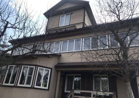 Продаётся 3-этажный дом, 125 м²