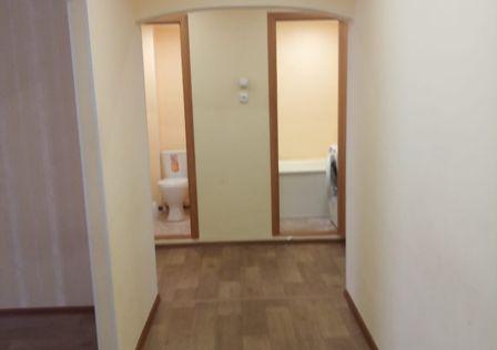 Продаётся 3-комнатная квартира, 68.7 м²