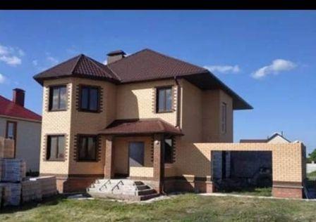 Продаётся 2-этажный дом, 188 м²