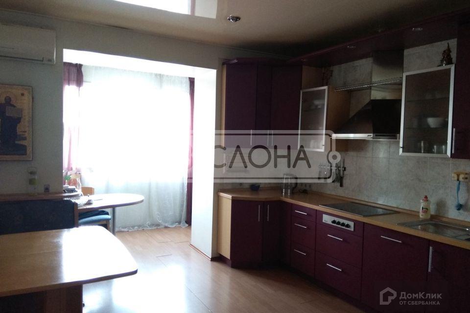 Продаётся 5-комнатная квартира, 151 м²