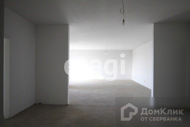 Продаётся 2-комнатная квартира, 121.9 м²