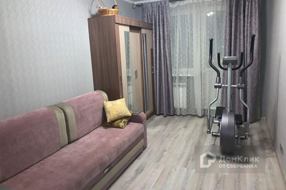 Продаётся 2-комнатная квартира, 55.8 м²