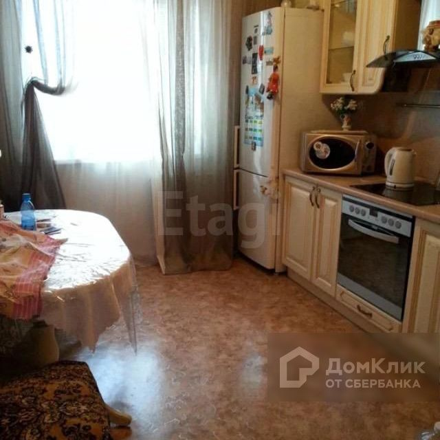 Продаётся 1-комнатная квартира, 42.8 м²