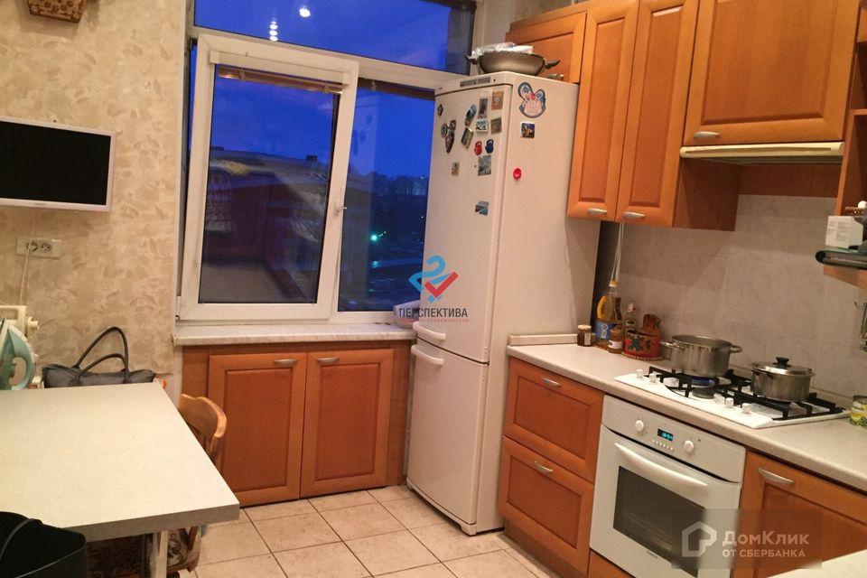 Продаётся 2-комнатная квартира, 57.7 м²