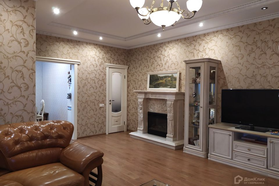 Продаётся 3-этажный дом, 165.5 м²