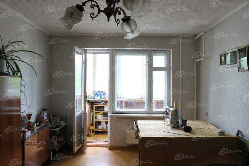 Продаётся 3-комнатная квартира, 67.3 м²