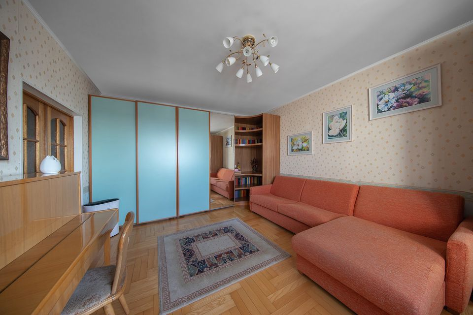 Продаётся 2-комнатная квартира, 63.5 м²